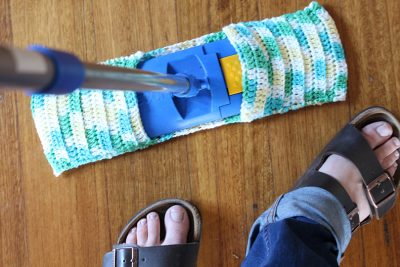 How to Make Your Own Crochet Swiffers