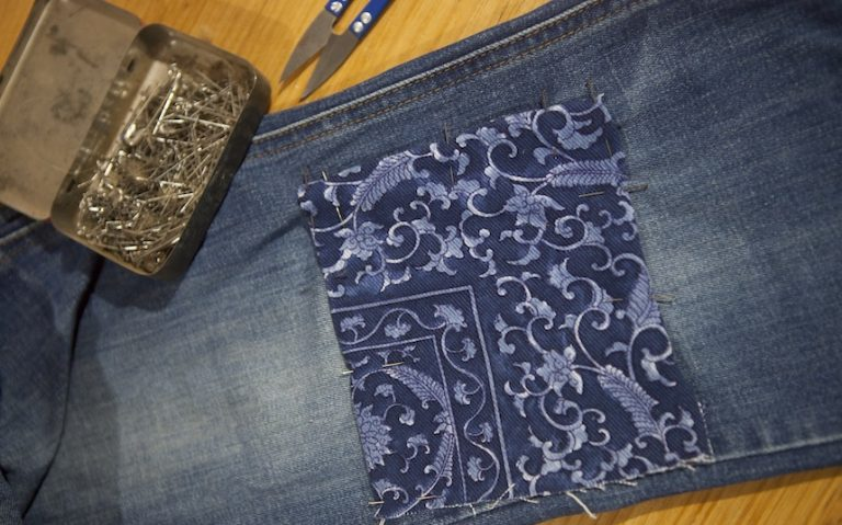 how to patch clothes by hand