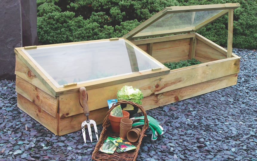 Build-a-cold-frame-Ofer-El-Hashahar-via-flickr
