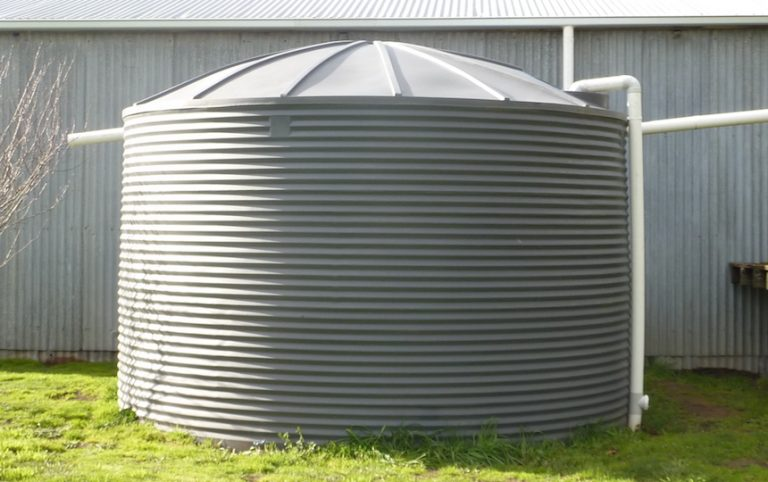 How to choose the right rainwater tank for your house by Brittgow via Flickr